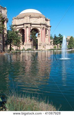 Exploratorium And Palace Of Fine Arts In San Francisco.