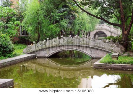 Chinese Arched Bridge