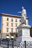 image of duke  - The statue of Grand Duke Ferdinand III on Piazza della Republica in Livorno - JPG