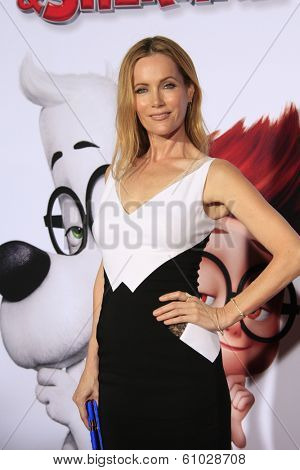 LOS ANGELES - MAR 5: Leslie Mann at the premiere of 'Mr. Peabody & Sherman' at Regency Village Theater on March 5, 2014 in Los Angeles, California