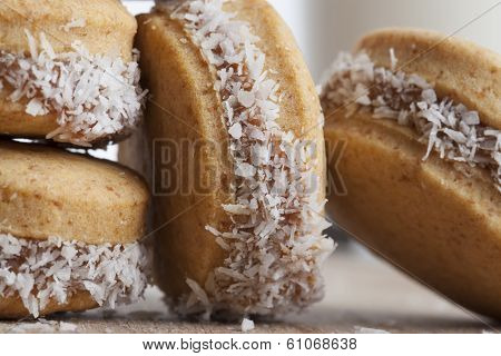 Small Coconut Cookies