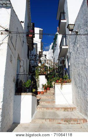Village street, Canillas de Aceituno.