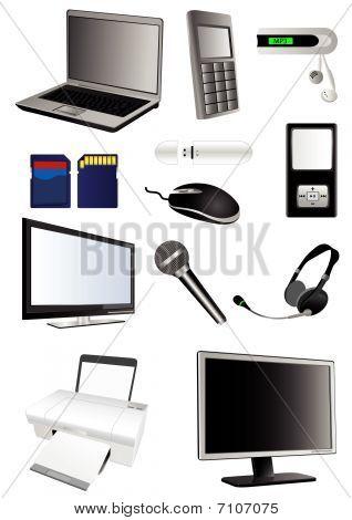 detaillierte Multimedia-Technologie-Elemente, die isoliert auf weißem Hintergrund