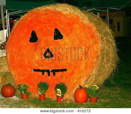 Pumpkin Haybale