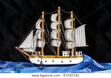 Model White Sailboat With Three Masts..model White Sailboat With Three Masts