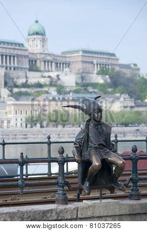 Little Princess Statue Budapest Hungary