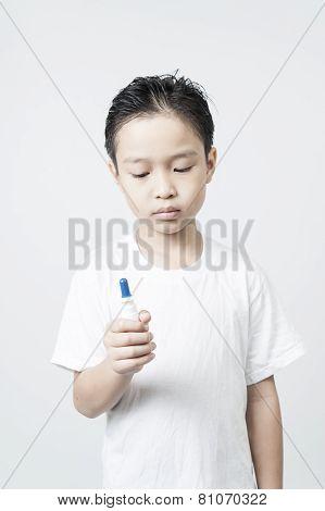 Boy spray in nasal