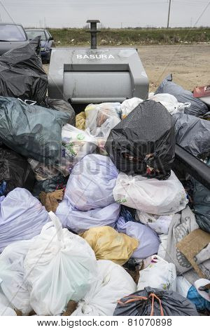 garbage, strike by municipal waste collection