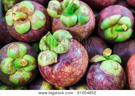 Colorful Mangosteen Clusters, Mangosteen Background