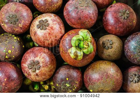 Fresh Mangosteen Clusters, Mangosteen Fruit Background