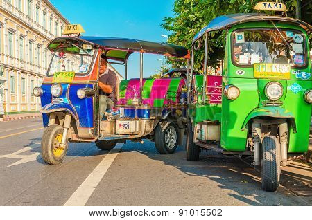 Colorfull taxi - Bangkok tourist attractions