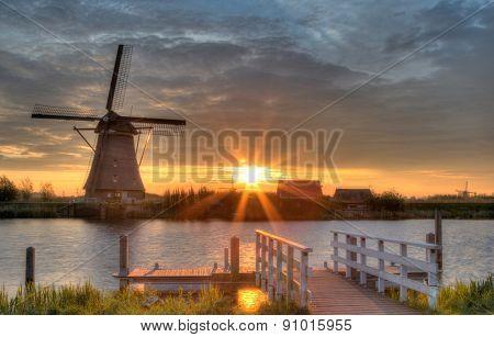 Windmills in Kinderdijk, Netherlands in morning sun