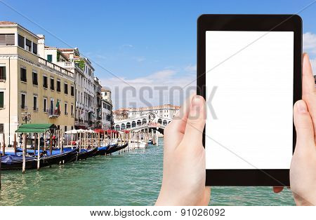Tourist Photographs Of Grand Canal In Venice