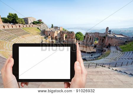 Tourist Photographs Of Teatro Greco, Taormina