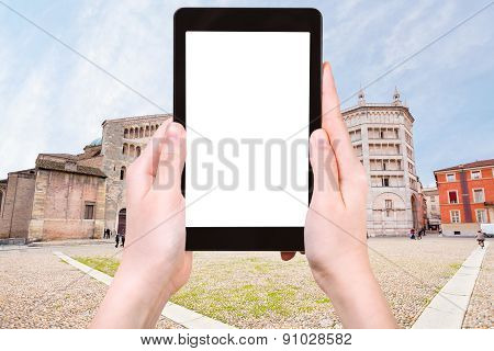 Tourist Photographs Of Piazza Del Duomo, Parma
