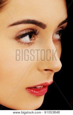 Beautiful glamour woman with fresh evening makeup.