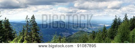Panoramic in the northern Black Forest