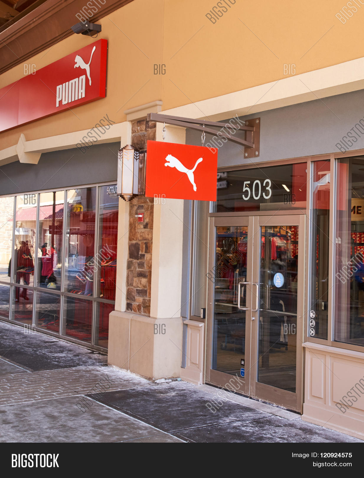 puma outlets locations sgkk  MONTREAL CANADA