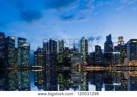 SINGAPORE, FEBRUARY 21 2016 : Singapore skyline and view of the financial district, Singapore on February 21 2016
