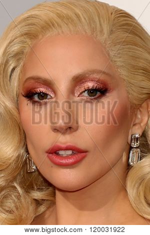 LOS ANGELES - FEB 28:  Taylor Kinney, Lady Gaga at the 88th Annual Academy Awards - Arrivals at the Dolby Theater on February 28, 2016 in Los Angeles, CA