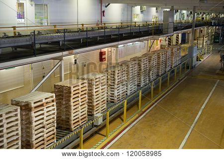 Warehouse premises beer and other alcoholic beverages