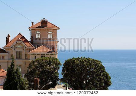 Luxury Villa On Blue Sea
