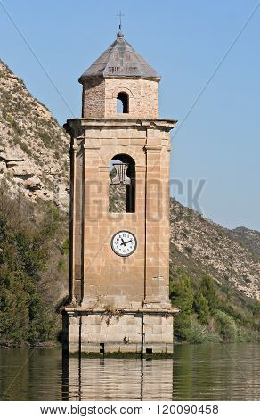 Church in the Ebro Reservoire
