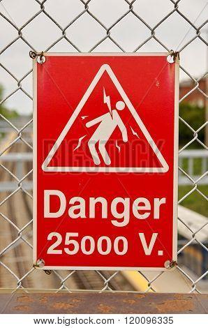 High Voltage  25000 V Sign
