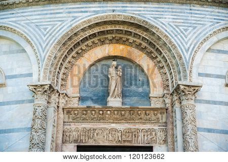 Baptistery, Pisa, Italy