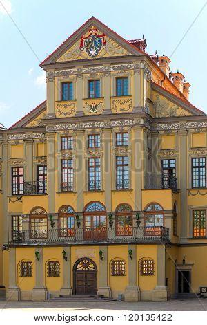 Elegant Palace In Nesvizh