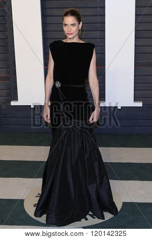 LOS ANGELES - FEB 28:  Amanda Peet at the 2016 Vanity Fair Oscar Party at the Wallis Annenberg Center for the Performing Arts on February 28, 2016 in Beverly Hills, CA