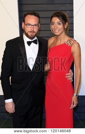 LOS ANGELES - FEB 28:  Dana Brunetti at the 2016 Vanity Fair Oscar Party at the Wallis Annenberg Center for the Performing Arts on February 28, 2016 in Beverly Hills, CA