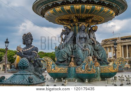 Paris Fountain