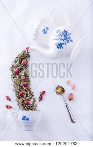 Fairy tea from roses