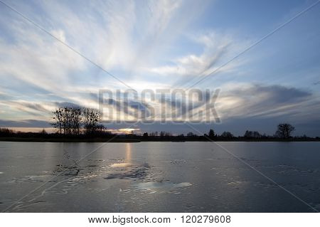 Lake,clouds