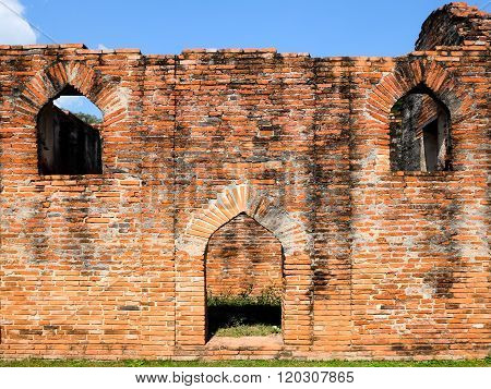 Lopburi-dec 30 :king Narai's Palace On Dec 30,2015 In Muang Lopburi,thailand.