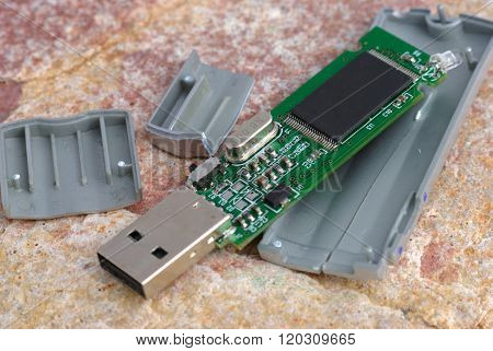 Broken Flash Drive