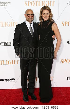 NEW YORK-OCT 27: Actor Stanley Tucci (L) and wife Felicity Blunt attend the 'Spotlight' New York premiere at Ziegfeld Theatre on October 27, 2015 in New York City.
