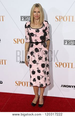 NEW YORK-OCT 27: Actress Naomi Watts attends the 'Spotlight' New York premiere at Ziegfeld Theatre on October 27, 2015 in New York City.
