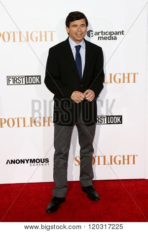 NEW YORK-OCT 27: Journalist Mike Renzendes attends the 'Spotlight' New York premiere at Ziegfeld Theatre on October 27, 2015 in New York City.