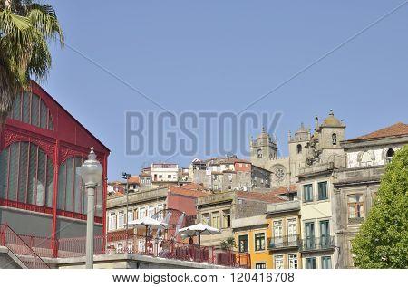 Terrace Of Ferreira Borges Market