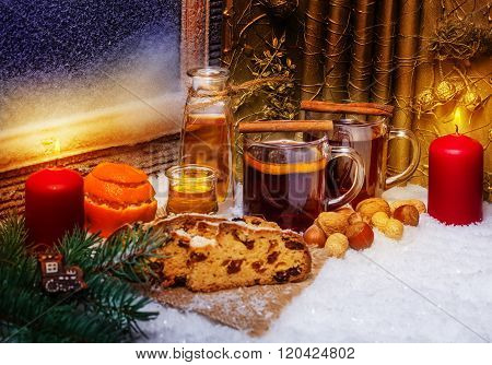 Mulled Wine And Christmas Cake, 2Nd Advent