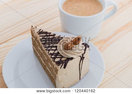 Mocha Cake With Almond And Coffee - Mocha Coffee Cake With Almond And Coffee