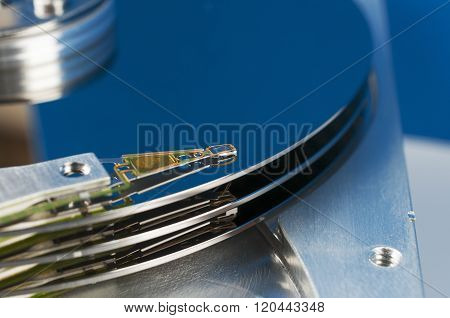 The Block Reads Magnetic Hard Disk Drive Head