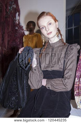 Ulla Johnson Aw 2016 Presentation