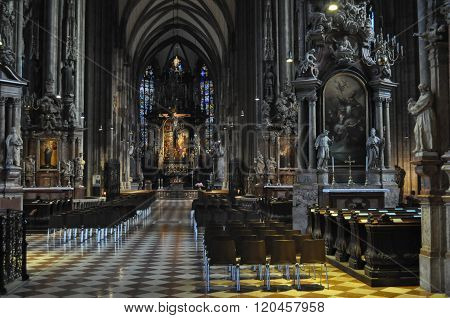 Stephansdom (st Stephen Cathedral) In Wien