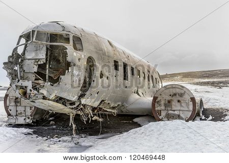 Crashed Navy Dc-3 In Iceland