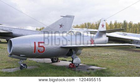 Yak-23- Jet Fighter(1947).max.speed,932 Km/h