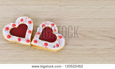 Cookies Hearts  On  Wood Table .