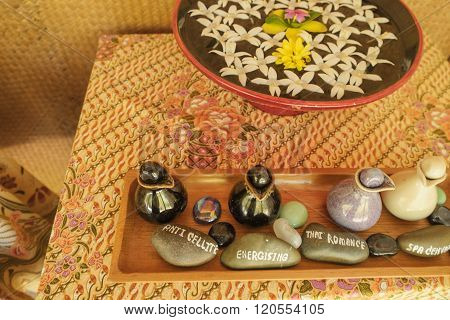 Traditional Sap set with flower